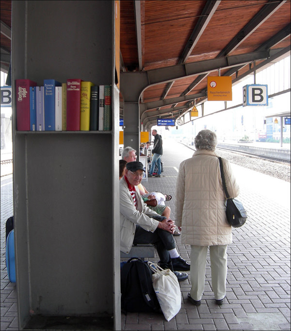 Train Platform Library in Dortmund, Germany Architecture + Interiors