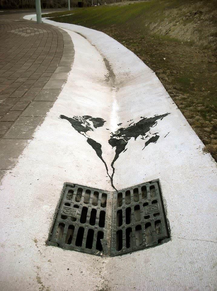 Street-Art-by-Pejak-in-Santander-Spain