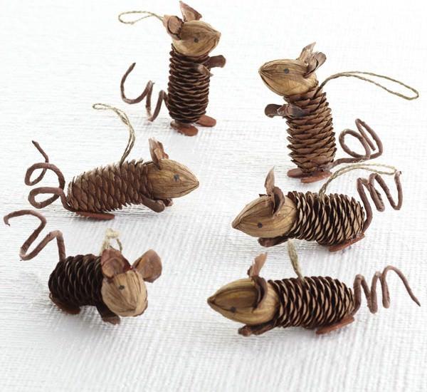 Mice Pinecone Friends DIY + Crafts