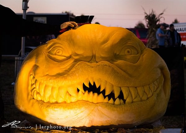 Amazing Scary Pumpkin Carvings by John Neill Art + Graphics Creative Fooding
