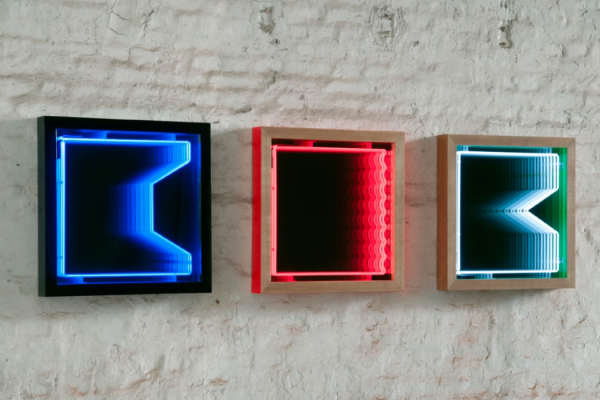 Modern Mirrors For Endless Light Sculpture Design