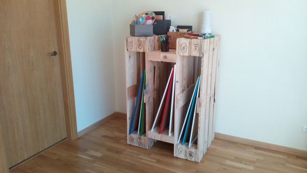 Diy: How To Make a Stylish Shelf From 4 Reclaimed Wooden Pallets DIY + Crafts