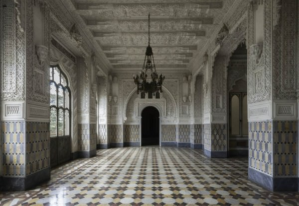Beautiful Photography Of An Abandoned Castel By Martino Zegwaard Photography