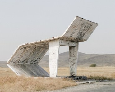 christopher-herwig-soviet-bus-stops-1