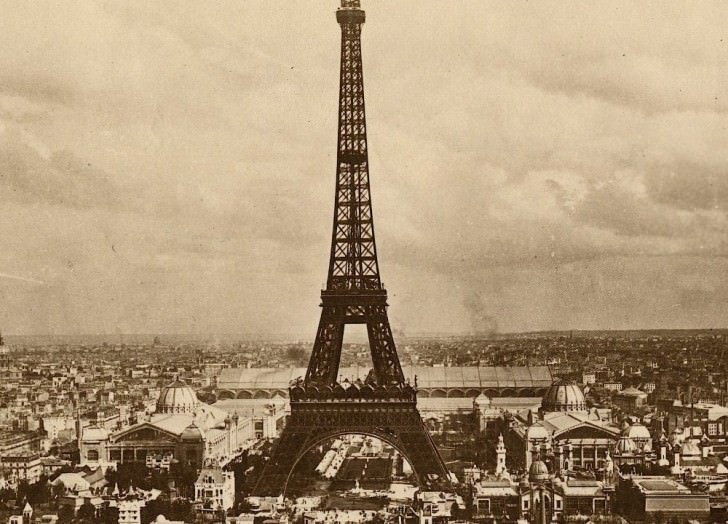 A Compilation Of The Oldest Footages Of Paris (1897-1900) Architecture + Interiors