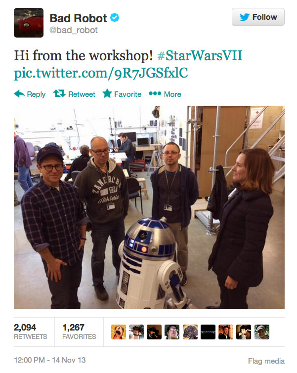 """R2d2 Hangs Out With J.j. Abrams Behind The Scenes Of """"star Wars Vii"""" Photography"""