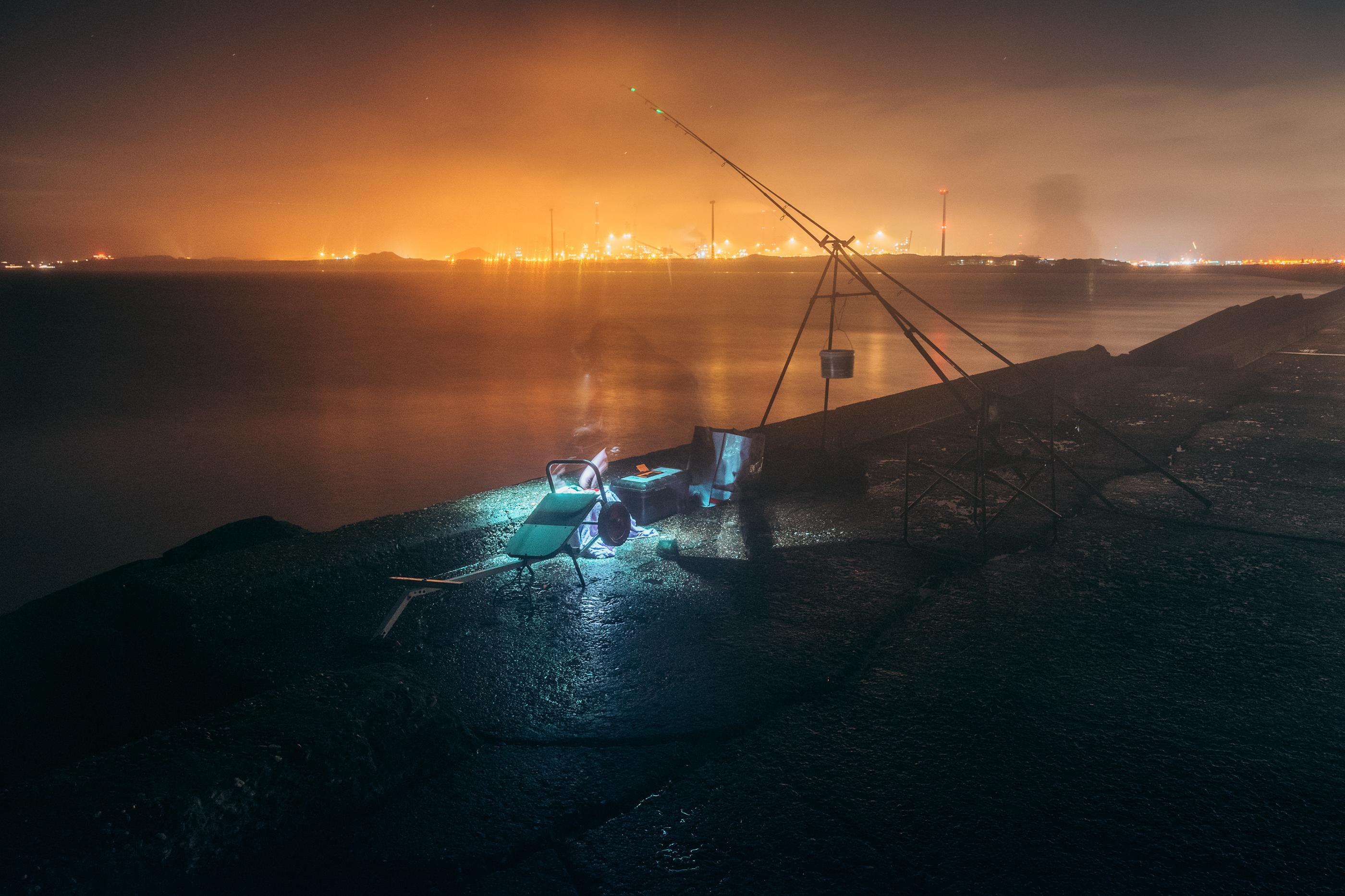Long Exposure Images of Night Fishing in the Netherlands – Fubiz Media Design