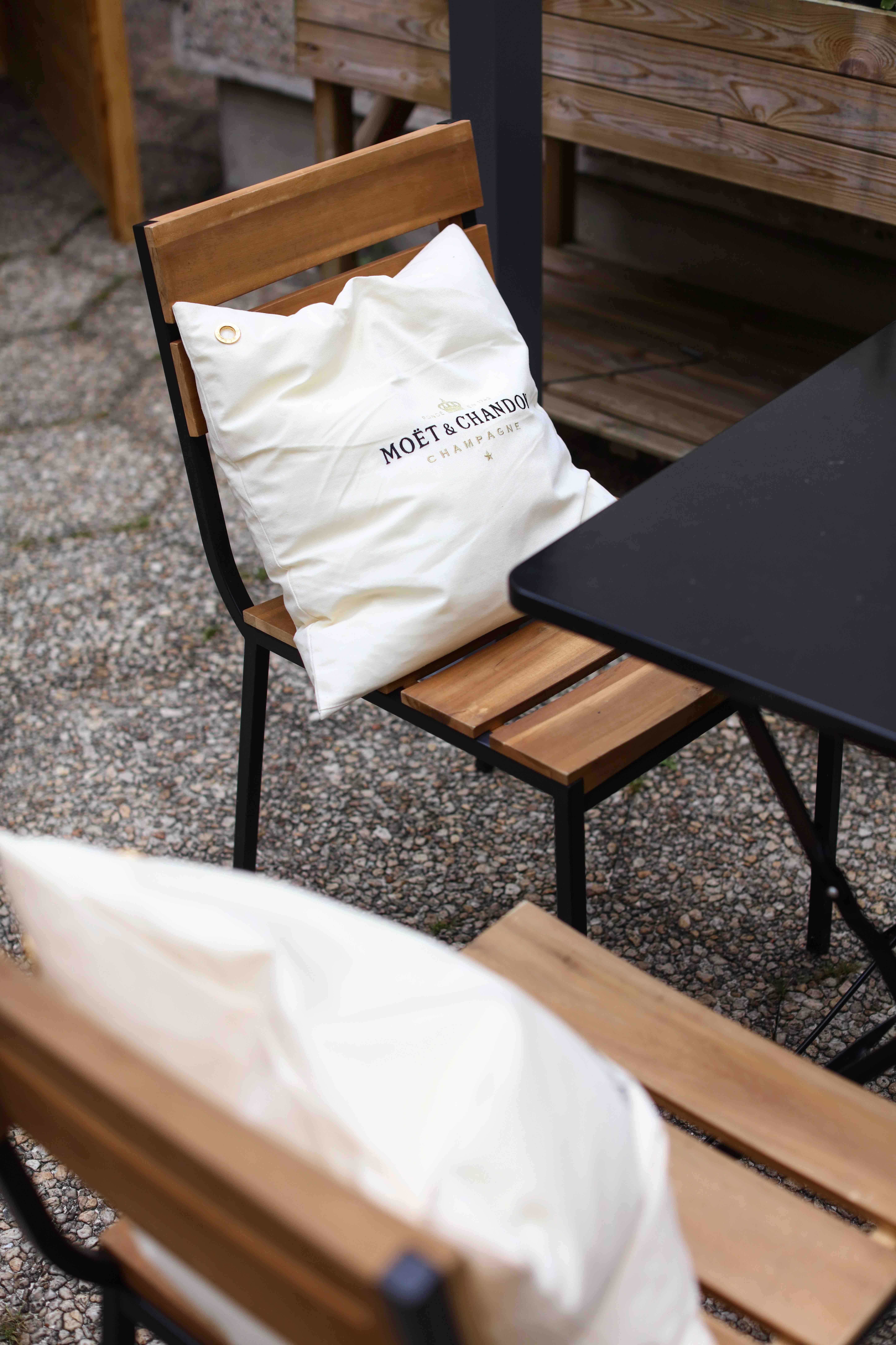 Summer Flavor at La Maison Moët – Fubiz Media Design