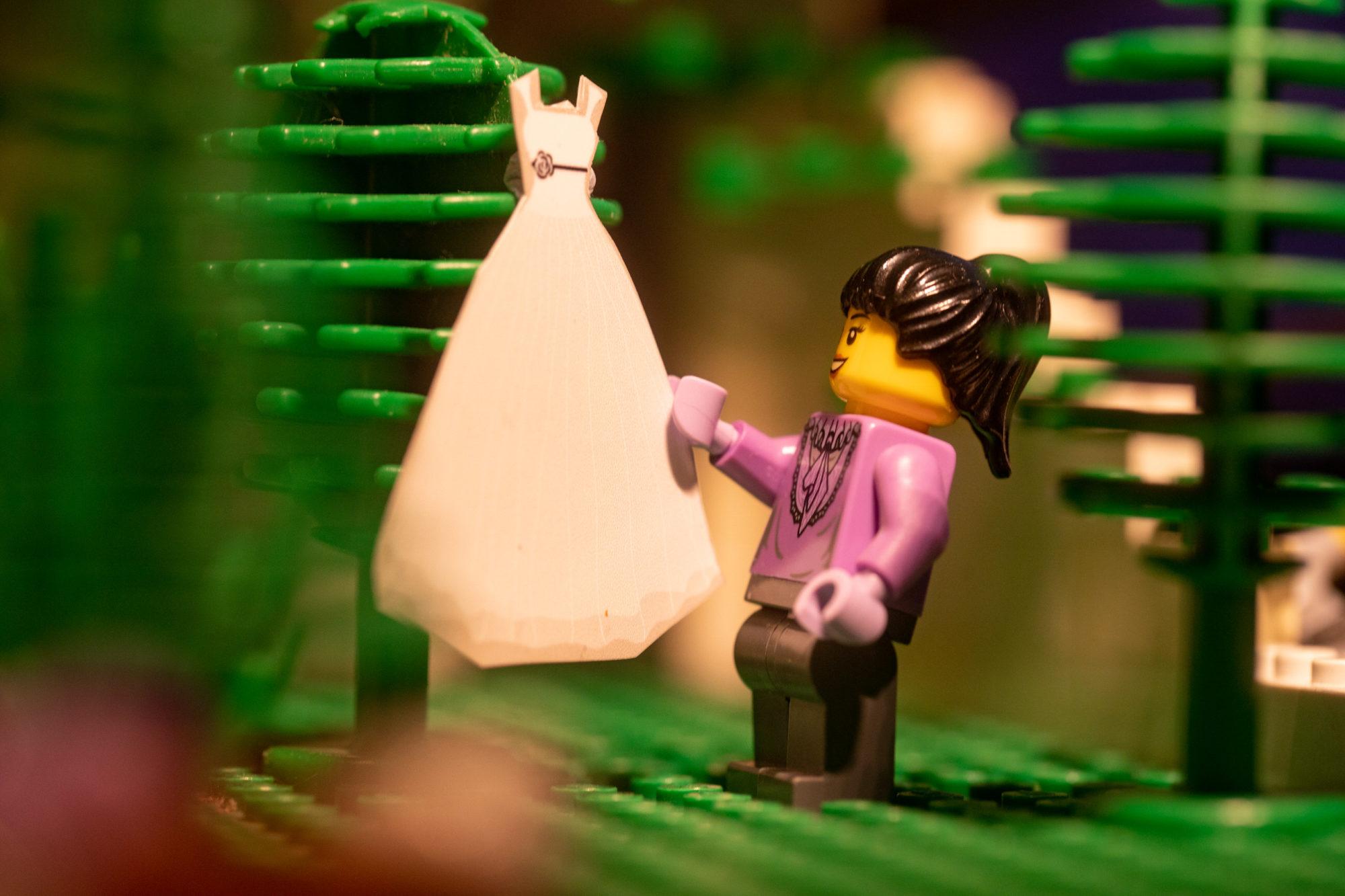 Pictures of a Lego Wedding During the Lockdown – Fubiz Media Design