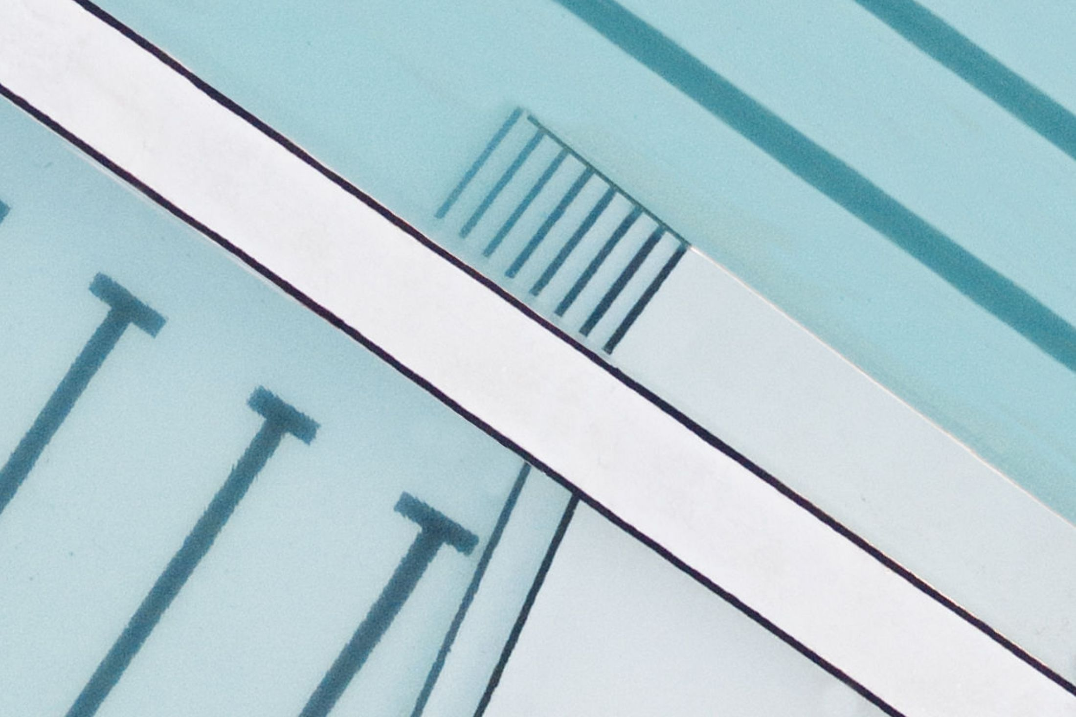 The Beauty of Swimming Pools by Brad Walls – Fubiz Media Design